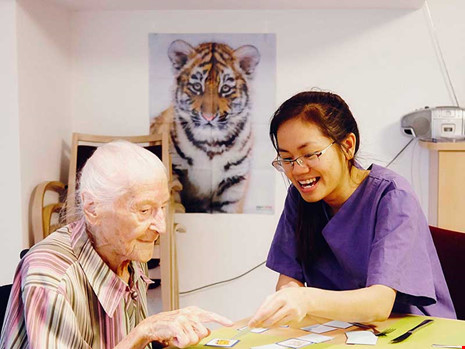 """""""Bật mí"""" 5 Tố chất quan trọng bất cứ Điều dưỡng viên nào cũng phải có"""