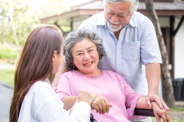 """Điều dưỡng viên làm việc tại Đài Loan khá """"may rủi"""""""