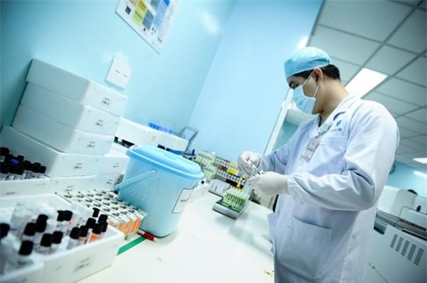 Xét nghiệm Y học giúp chẩn đoán được những căn bệnh phức tạp như HIV, viêm gan B,.